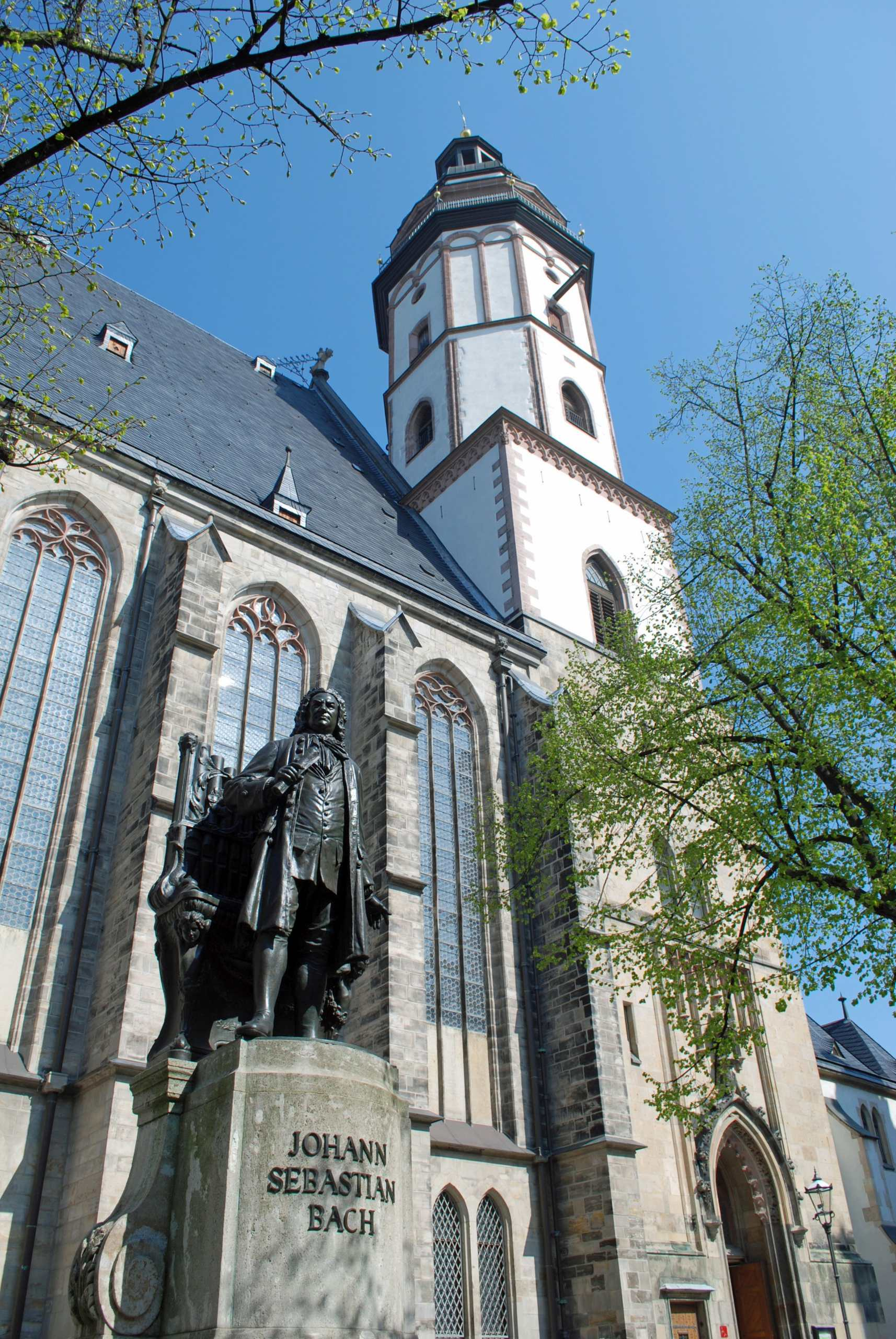 Bach-Denkmal-Thomaskirche_Andreas-Schmidt_leipzig.travel